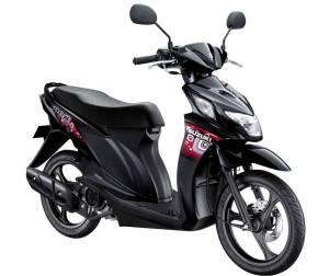 Suzuki NEx Titan Black (YVU)