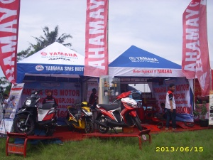 Tenda Display dan Service Yamaha