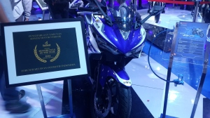 Yamaha YZF-R25 Motorcycle of The Year 2014 Forwot Award